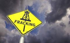 Diputados piden acelerar proyecto que prohíba el fracking