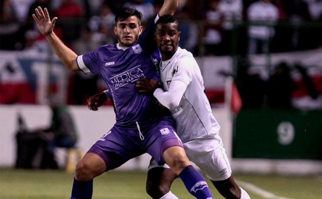 Liga venció a domicilio a Defensor Sporting y avanza en la Sudamericana