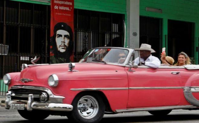 Pioneros santiagueros realizaron cambio de atributos