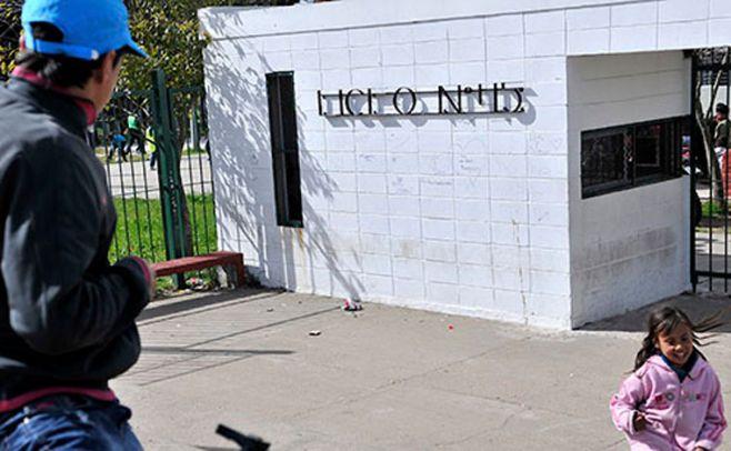Secundaria: tres días sin clases en Montevideo por paros y feriado