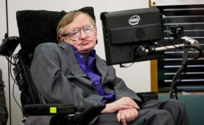 Hawking: la humanidad tiene 30 años para abandonar la Tierra