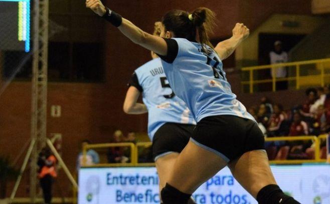 Uruguay en semifinales del Panamericano femenino de Handball
