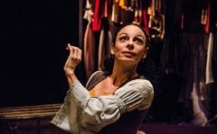 """""""Bichos del teatro"""", las primeras mujeres inglesas en subir al escenario"""