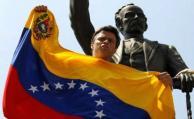 """Leopoldo López grita """"me están torturando"""" desde adentro de la cárcel"""