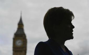 Escocia posterga proceso independentista