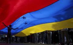 """Díaz: """"El caos le viene como anillo al dedo a Nicolás Maduro"""""""