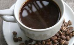 Estudio asocia consumo de café con un menor riesgo de muerte