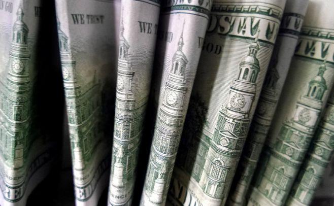 Se duplica stock de letras en pesos en el último año