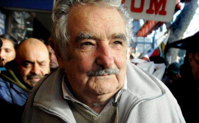 Salud de Mujica evoluciona de manera positiva