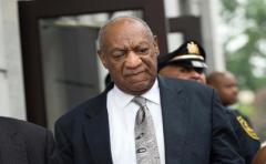 Bill Cosby se queda sin soplar las velas en su bar favorito