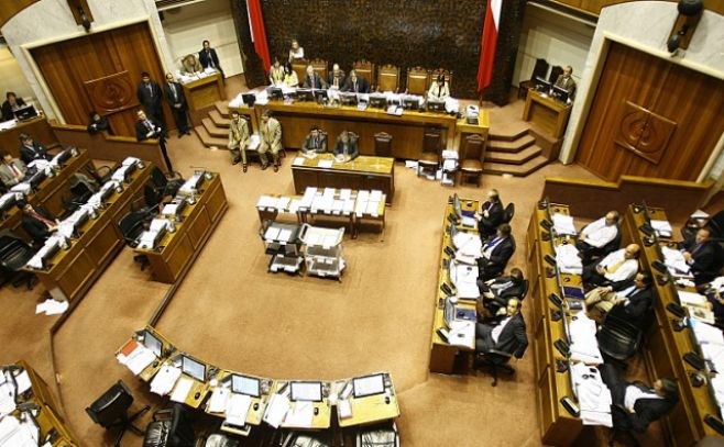 Fiscalía pedirá formalización de senador Rossi y Pizarro por caso SQM