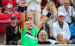 David Ferrer reina por segunda vez en Bastad