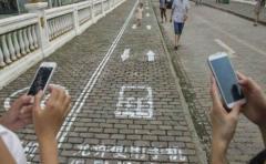 Tribunal chino obliga a morosos a llevar un sonido en el móvil que los delata