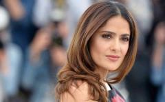 """Salma Hayek dice que le """"enfurece"""" la falta de actores latinos en los Ã""""scar"""