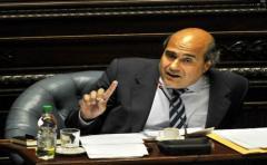 Pablo Abdala: la regasificadora está vinculada a la corrupción en Brasil