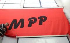 MPP pide reunión a directivos bancarios por venta de marihuana