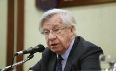 Gobierno reitera que busca compatibilizar ley con normas bancarias