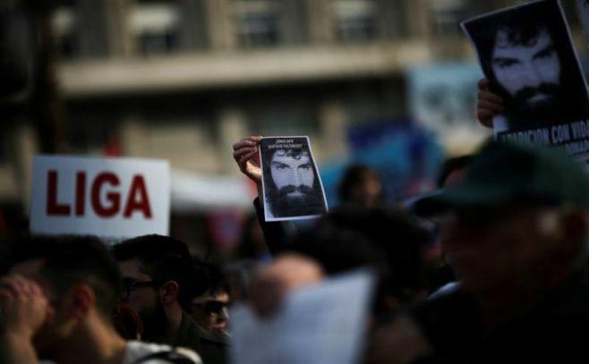 Testigo dice que vio a la Policía argentina  llevarse a Santiago Maldonado