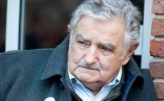 Mujica advrtió que renuncia de Sendic puede afectar mayoría parlamentaria