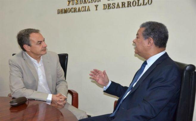Gobierno y oposición venezolana prosiguen contactos para abrir un diálogo