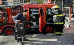 Incendio en galería céntrica deja un muerto