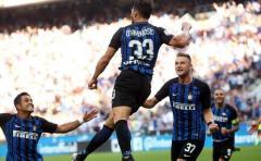 El Inter tercero y Lazio golea