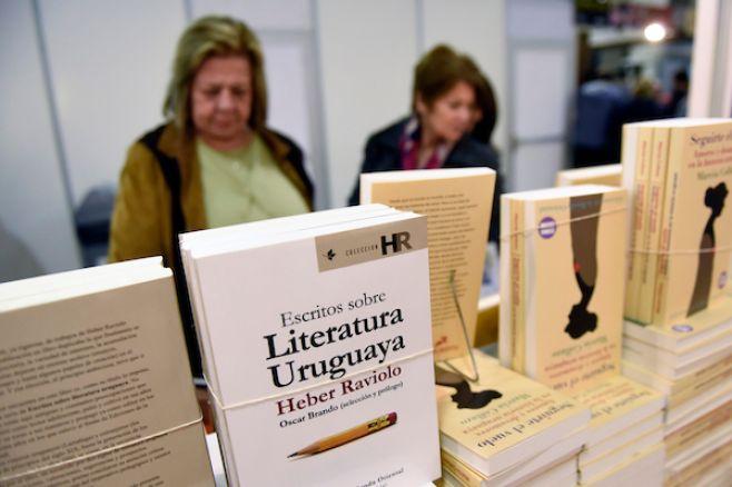 Festival literario internacional trata la violencia en escritura