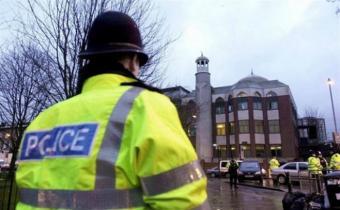"""Seis heridos en un supuesto """"ataque con ácido"""" en Londres"""