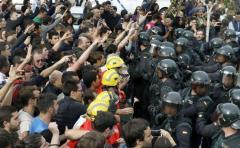 Dos visiones de lo que pasó ayer en Cataluña
