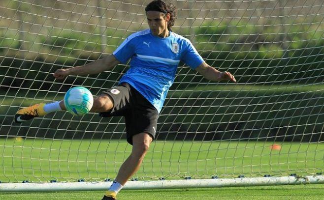 """Cavani sobre Neymar: """"Son cosas del fútbol, se arreglan en vestuario"""""""