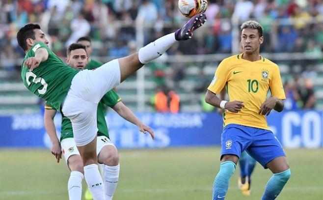 Neymar, con su Brasil, choca ante un Lampe gigante