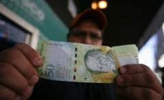 Venezuela: un reloj por un kilo de jamón