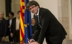 Gobierno español pidió a Puigdemont que exponga sus propuestas en el Congreso