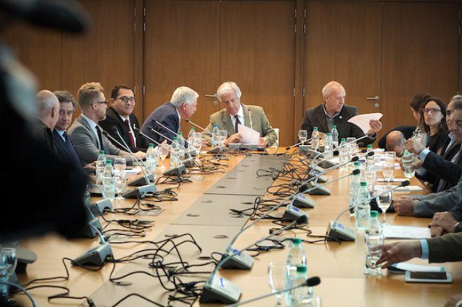 Vázquez se reune con director de OMS antes de conferencia mundial
