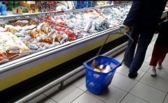 Anuncian aumento de dos pesos en el precio de la leche al consumo