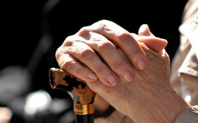 """Ancianos uruguayos piden ser """"sujetos de derecho"""" y no """"personas de desecho"""""""