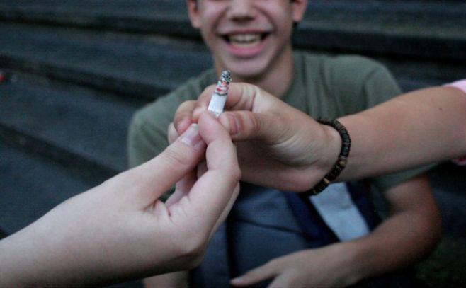 Uruguay redujo tasa de fumadores adolescentes y mayores de 15 años desde 2006