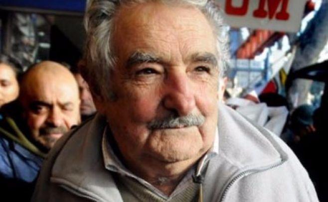 Mediación de Mujica facilita acercamiento para solucionar paro de futbolistas