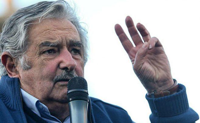 """Mujica: """"Si tenemos mucho, mucho petróleo, estamos fritos"""""""