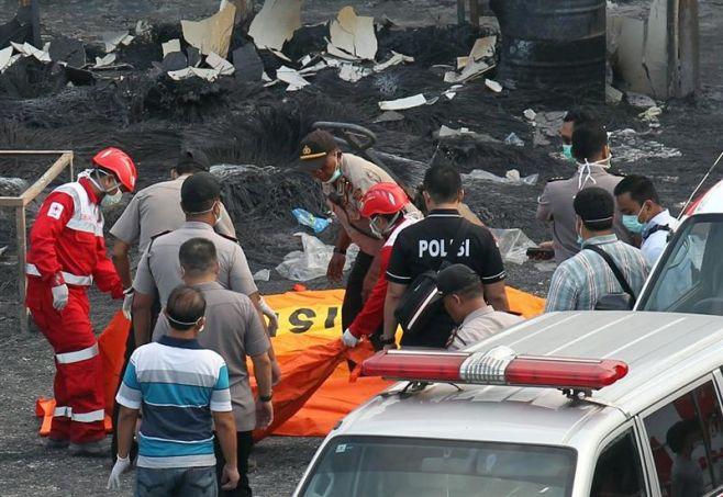 38 Muertos y 43 heridos en incendio en fábrica de fuegos artificiales. Efe