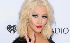 Christina Aguilera homenajeará a Whitney Houston en los American Music Awards
