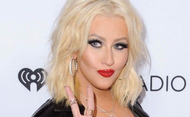 Christina Aguilera homenajeará a Whitney Houston en los American Music Awards