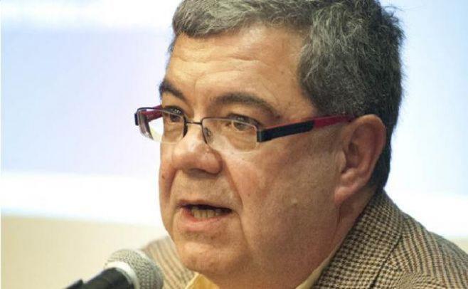 Milton Castellano, director del Instituto Cuesta Duarte. Foto: Javier Calvelo/adhocfoto