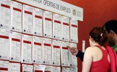 """Gobierno español advierte que """"se está parando"""" la creación de empleo en Cataluña"""