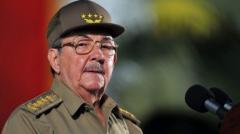 Castro felicita al PC ruso por centenario de Revolución con ideales vigentes