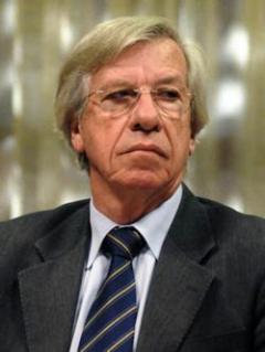 """Astori dijo que el gobierno no tuvo una postura """"entreguista"""" con UPM"""