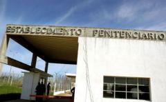 Cárceles uruguayas necesitan formación para tratar con internos LGBTI, según expertos