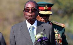 Más de 100 organizaciones de Zimbabue piden dimisión de Mugabe y transición democrática