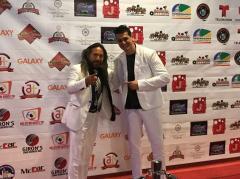 Richard y Zeta; Banda Revelación Sur Americana en los recientes Latin Community Awards