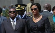 El partido de Mugabe expulsa a la primera dama de Zimbabue, Grace Mugabe
